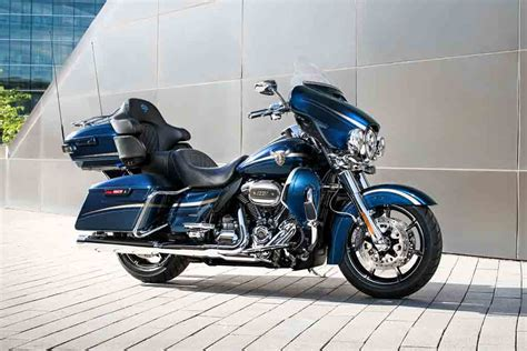 Harley Davidson Limited harley davidson launches four cvo models for 2018