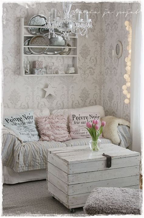 10 Best ideas about Shabby Chic Couch on Pinterest