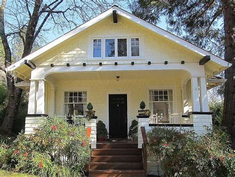 craftsman bungalows 1920 classic craftsman bungalow 226 nevada street