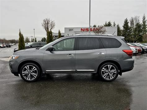 nissan pathfinder platinum 2018 pre owned 2018 nissan pathfinder platinum with navigation
