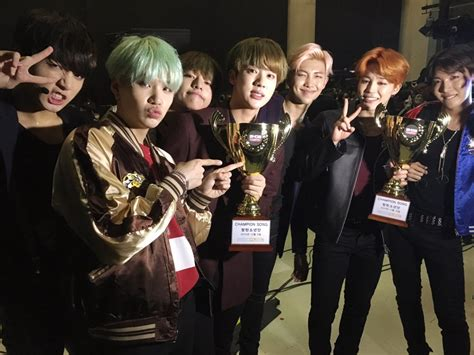 Bts Run Japanese Version Cd Rapmon Rap Trading Card picture bts with show chion trophy run4thwin 151216