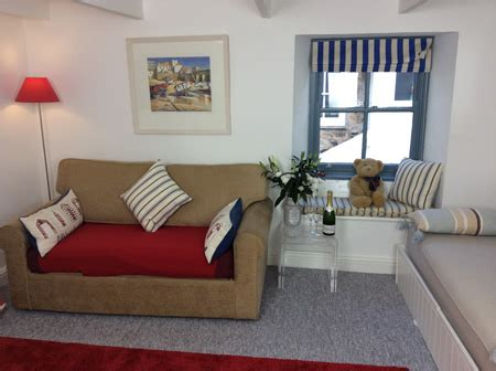 the living room st ives st ives cottages the digey downalong sailing by on