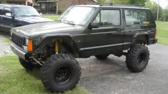 96 jeep cherokee 2 door sport 4 0 6 cylinder 4 5 rough country lift 2