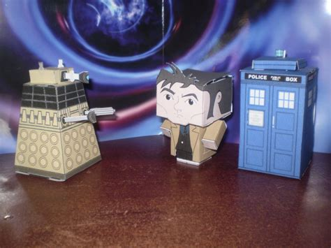 Papercraft Dalek - cubee doctor vs dalek by cyberdrone on deviantart