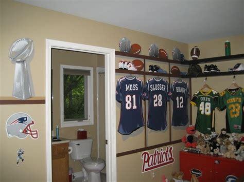 Pin By Liz Leblanc On War Eagle Pinterest Football Room