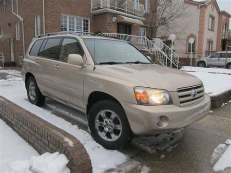 New York City Toyota 2004 Toyota Highlander 7 Passanger Suv For Sale W Only