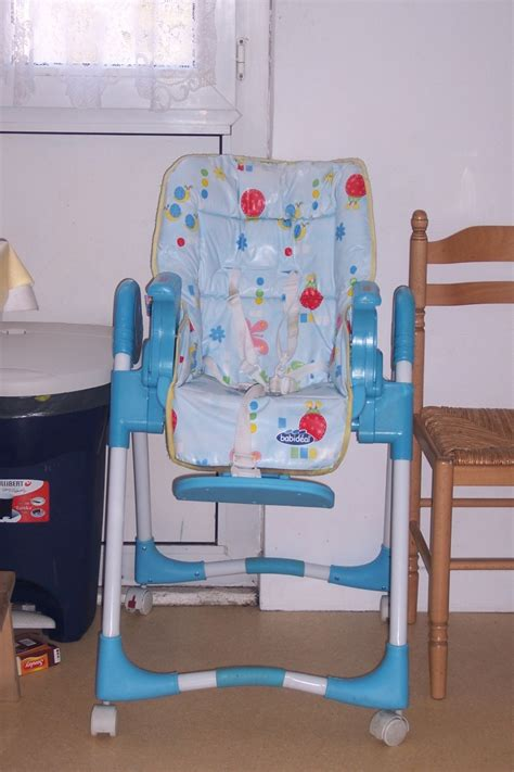 chaise haute babideal plateau de chaise haute en sav cher ou non