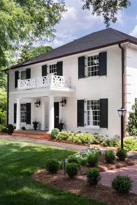 house with columns 25 best ideas about colonial exterior on colonial house remodel colonial style