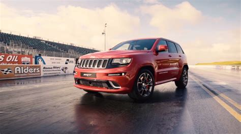 racing jeep grand journalist shows drag racing a jeep grand srt is