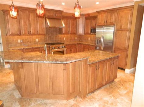 Oak Cabinet Kitchen Ideas by Kitchen Floor Ideas With Oak Cabinets House Furniture