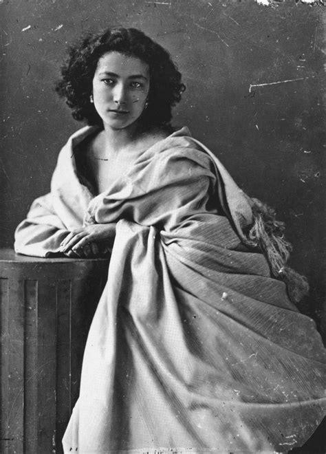 felix nadar portrait of sarah bernhardt 1859 vintage beautiful portrait