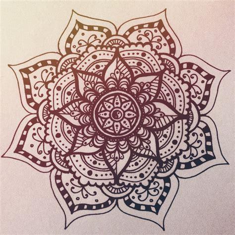 Muster Zeichnen Vorlagen Mandala Ideen Mandala T 228 Towierung Und T 228 Towierungen