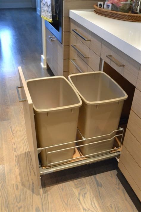 Kitchen Garbage Can Cabinet by Pin By Shonni On Kitchen Ideas