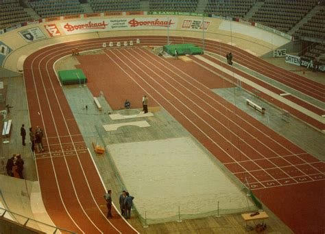 Feet In A Meter by Design Of Indoor Athletics Tracks