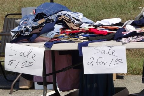 Sle Of Giveaways - how to have a successful garage sale 10 tips moneypantry