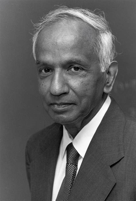 Black Holes and Telescopes: Subrahmanyan Chandrasekhar