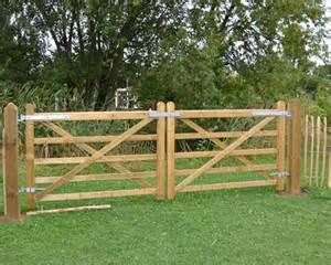 Backyard Gate Designs Agricultural Gates Field Gate Jacksons Fencing