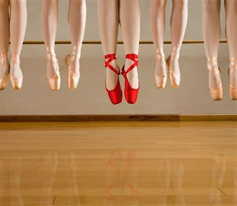 point shoes pointe shoes on