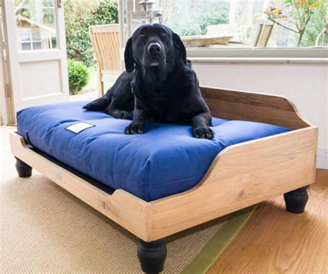 orthopaedic raised wooden dog bed  waterproof mattress