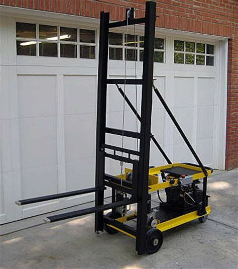 24v powered mini forklift lifts up to 800lbs using an