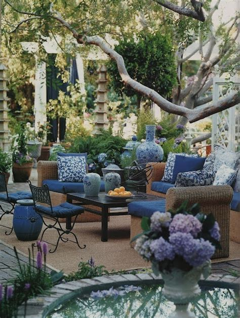 Bohemchic 11 Vackra Uteplatser Blue Patio Designs