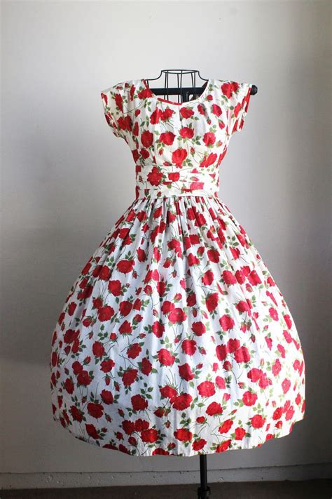 Hit Mat A Nyamuk Floral 18 S 1000 ideas about print dress on japanese