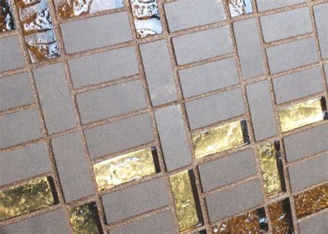 fugare le piastrelle stucchi per fugare le piastrelle in modo spettacolare