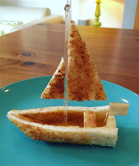toast sculptures