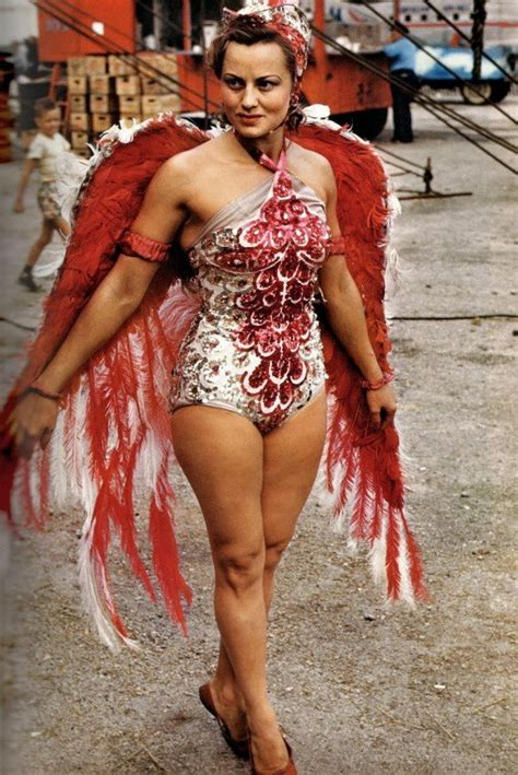 show woman photos in their fifties rare color photos of circus showgirls of the 40s and 50s