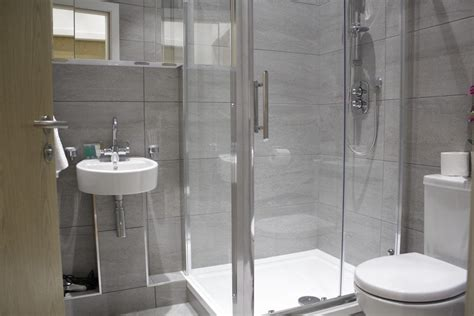 The Appartment Company Bath by Shard View Apartments Monument The City Of
