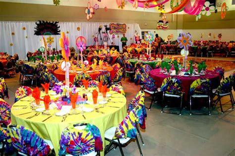 60s decor colourful table decorations 60s party pinterest 70s