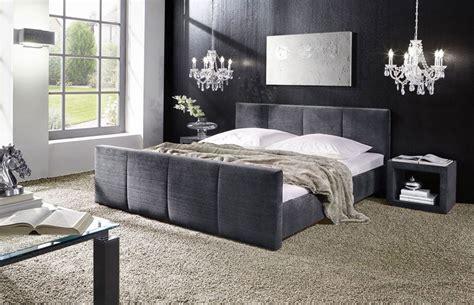 schwarzes bett welche wandfarbe schlafzimmer in altrosa