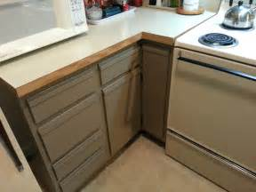 Painting Laminate Kitchen Cabinets by Foobella Designs Painting Laminate Kitchen Cabinets Done