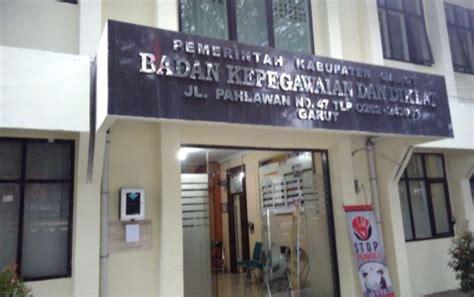 Cincin Xuping Cantik Aac 353 pegawai bkd garut terjaring ott tim gabungan aksi rasisonia