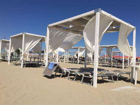 gazebo da spiaggia soluzioni per la spiaggia amalegno