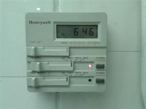 Advice Identifying Central Heating Programmer   DIYnot Forums