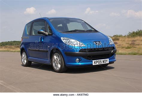 peugeot small automatic peugeot 1007 stock photos peugeot 1007 stock images alamy