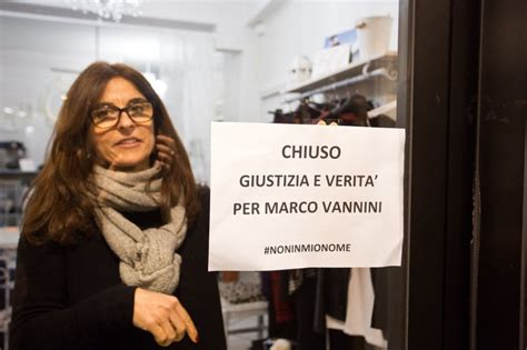 negozi di candele a roma quot giustizia per marco vannini quot candele e negozi chiusi a