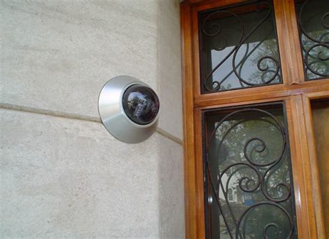 Front Door Security Light How To Secure The Front Door In Your Rental House Reolink
