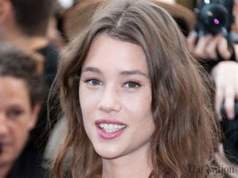 astrid berges frisbey new movie frisbey to star in king arthur