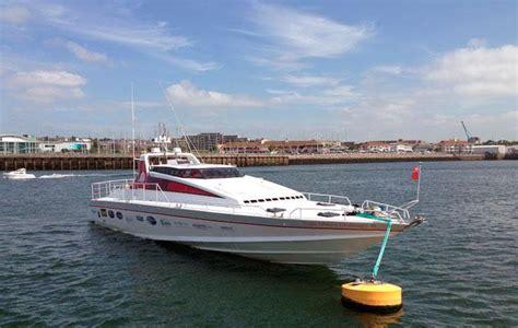 motor boat challenge motor yacht virgin atlantic challenger 2 brookes yacht