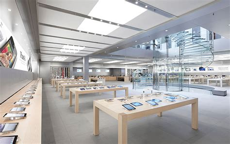 mobile stores apple store by bohlin cywinski jackson new