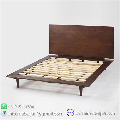 Tempat Tidur Minimalis Modern beli tempat tidur modern minimalis vintage bahan kayu jati
