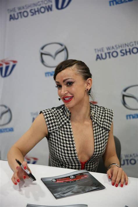 pure dancing   stars dwts karina smirnoff greets  signs autographs