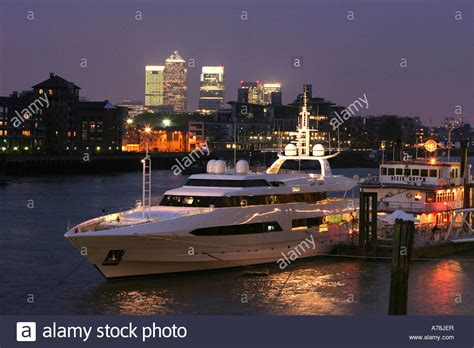thames river cruise docklands uk london river thames and docklands at night luxury yacht