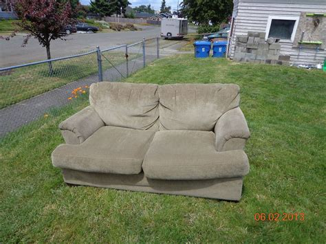 upcycling sofa upcycle indoor love seat to outdoor couch hometalk