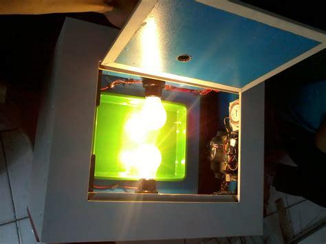 Teropong Telur Otomatis mesin penetas telur otomatis kapasitas 100 butir