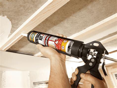 montare i pannelli di cartongesso a soffitto