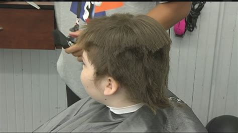 10 year old boy with long hair 10 year old boy got his long hair cut for charity youtube