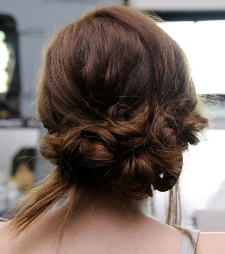 hairstyle for waiter job 1000 ideas about waitress hair on pinterest waitress
